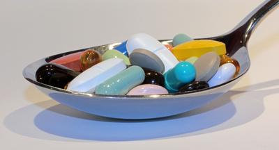 richtige Ernährung bei Medikamenteneinnahme